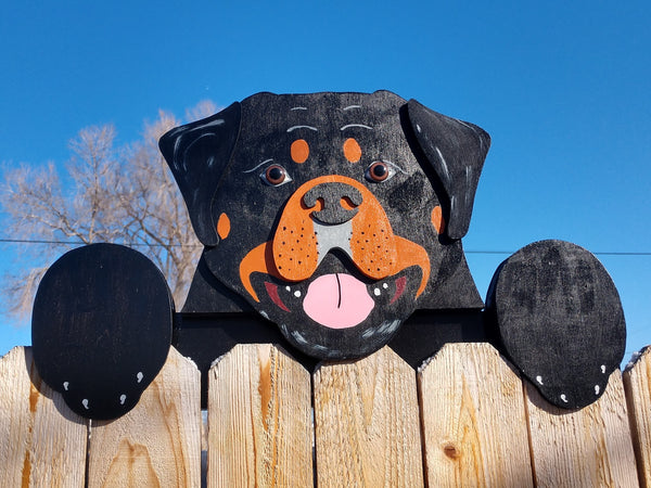 Rottweiler Dog Fence Peeker Outdoor Yard Garden Party Dog Park Decoration