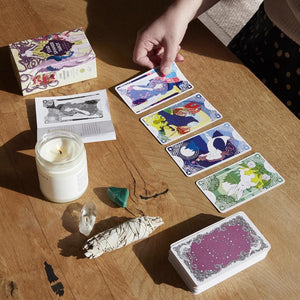 Star Spinner Tarot with cards