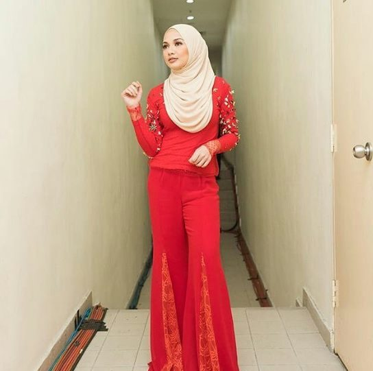 Neelofa in Melinda Looi Ready-To-Wear