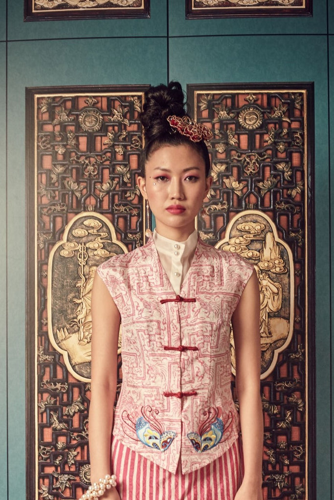 PINK BATIK VISCOSE - SAM FU TOP WITH RED CHINESE KNOT BUTTONS - PINK - Melinda Looi - Official Website