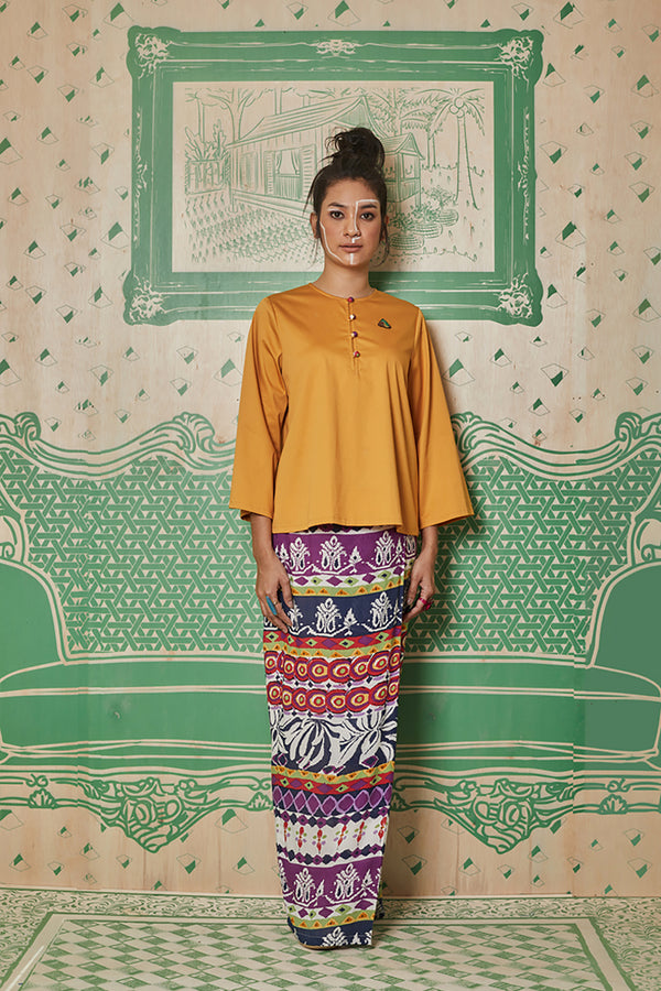 YELLOW COTTON WITH NASI LEMAK PATCH ON TOP AND PURPLE PRINTED POLY COTTON SKIRT - BAJU KEDAH - DARK YELLOW