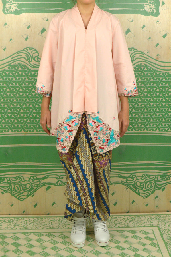 PEACH COTTON TOP WITH 3D FLORAL EMBROIDERY - BAJU KEBAYA LABUH WITH BATIK SARONG SKIRT - PEACH