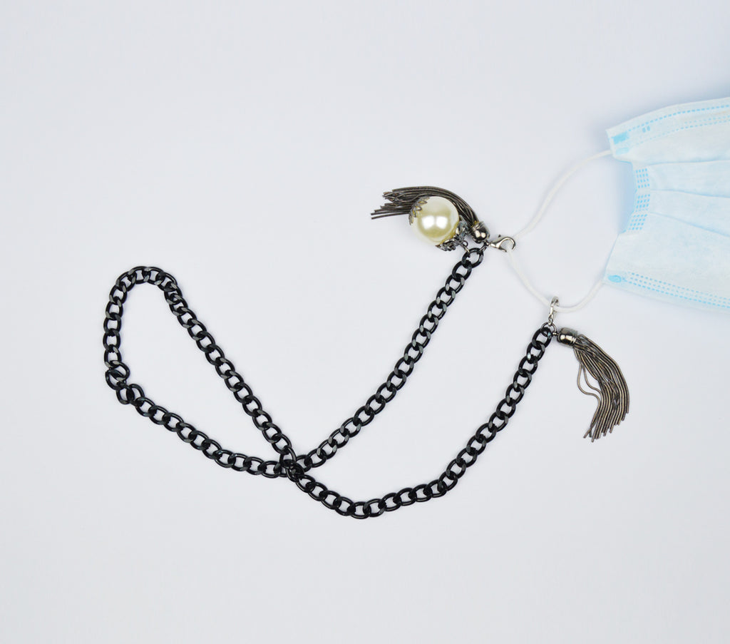 1CM BLACK METAL CHAIN WITH PEARL AND TASSEL MASK LANYARD - BLACK