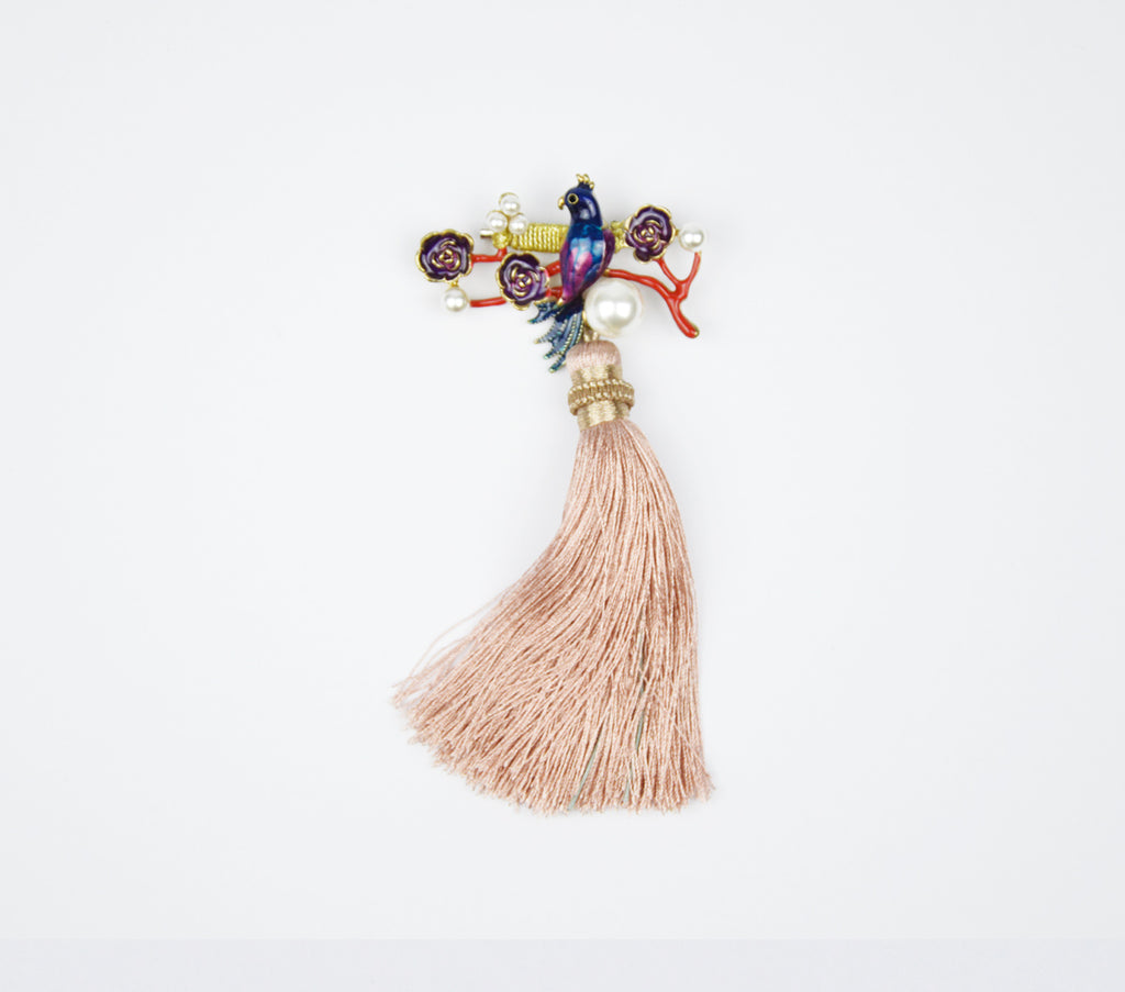 PEACOCK WITH PEACH COLOUR TASSLE BROOCH - PEACH