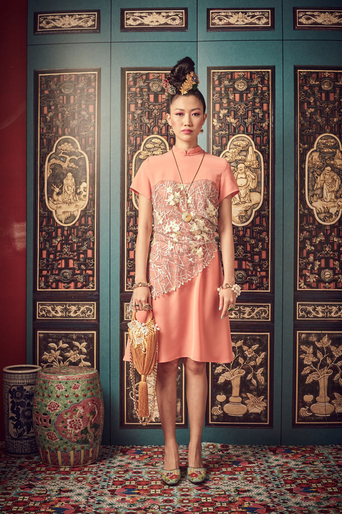 SALMON POLY BASE WITH YELLOW FLORAL LACE - SWEETHEART NECKLINE WITH MANDARIN COLLAR DRESS - SALMON - Melinda Looi - Official Website