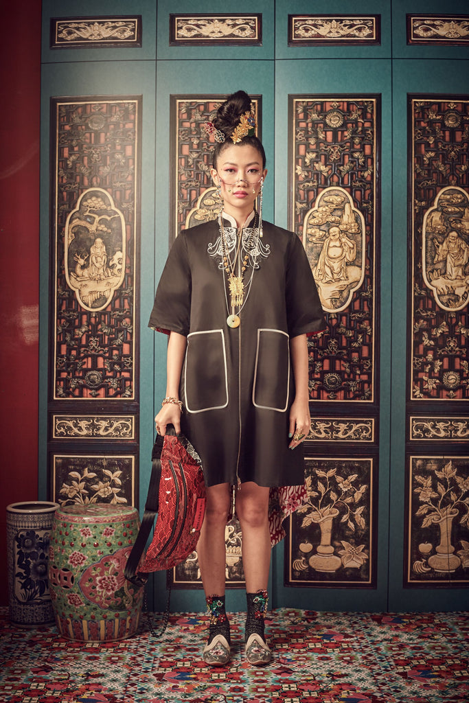 BLACK COTTON AND RED BATIK - REVERSABLE DRESS/JACKET WITH MANDARIN COLLAR AND PATCH ON BUTTERFLY - MULTI - Melinda Looi - Official Website
