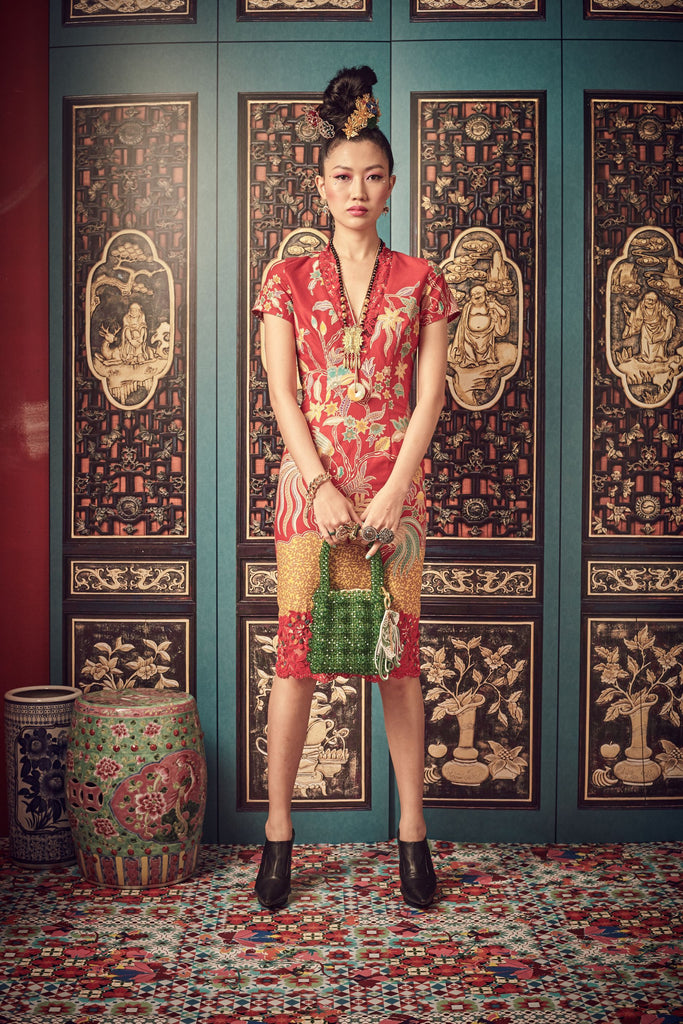 RED BATIK - V NECK WITH LACE TRIMMING FITTED DRESS - RED - Melinda Looi - Official Website