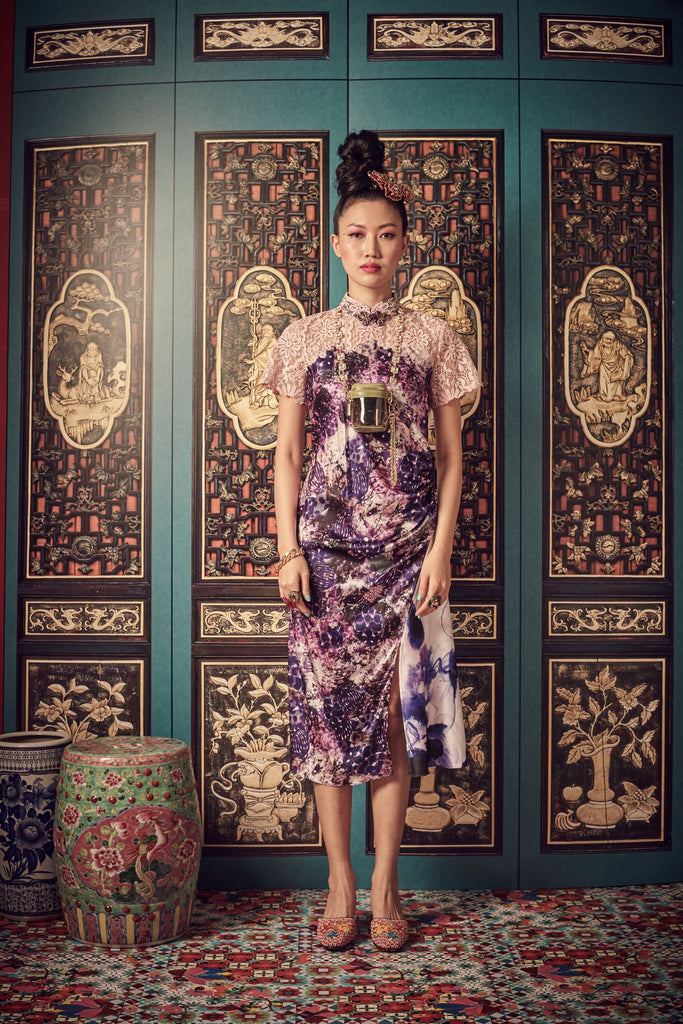 PURPLE PRINTED MOTIF WITH LIGHT PINK LACE - BIAS CUT CHEONGSAM WITH SIDE GATHERS AND MANDARIN COLLAR - LIGHT PINK - Melinda Looi - Official Website
