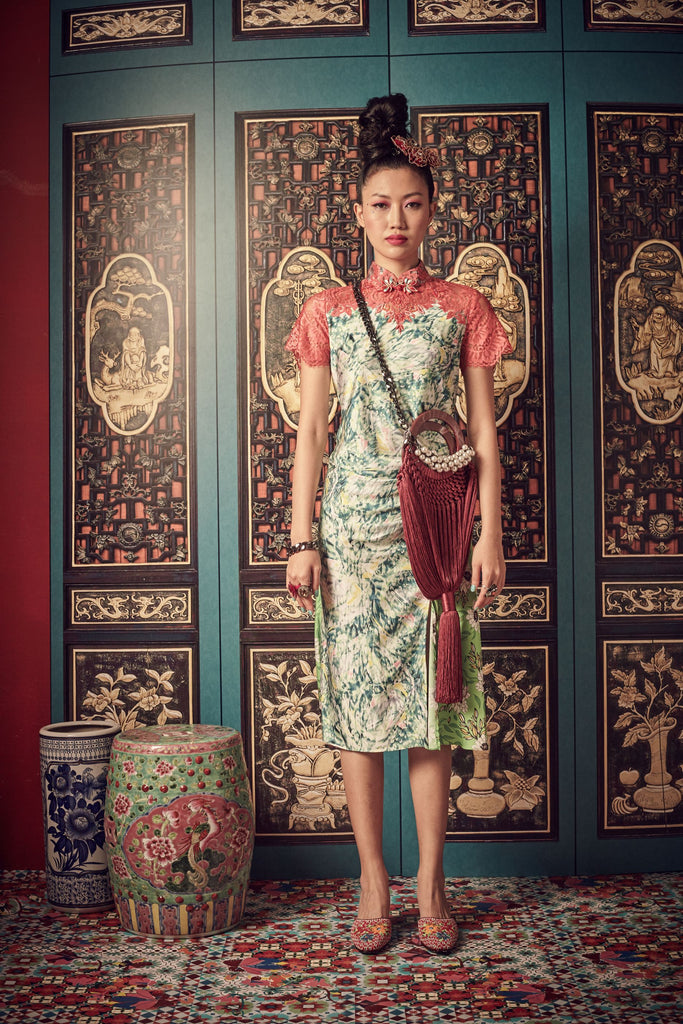 GREEN PRINTED MOTIF WITH SALMON LACE - BIAS CUT CHEONGSAM WITH SIDE GATHERS AND MANDARIN COLLAR - SALMON - Melinda Looi - Official Website