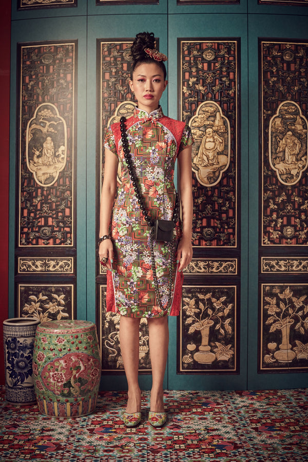 RUSTIC ORANGE FLORAL PRINTED COTTON WITH RED LACE - CHEONGSAM WITH SIDE SLIT LACE PANEL - RED - Melinda Looi - Official Website