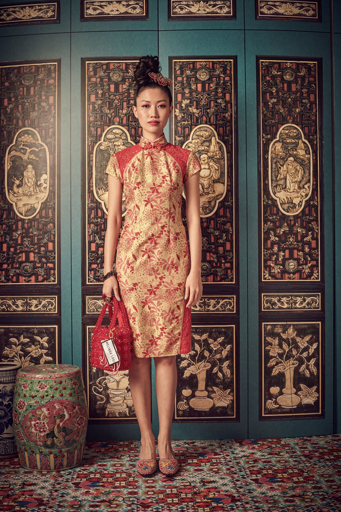 GOLD AND RED TAFFETA WITH RED LACE - CHEONGSAM WITH SIDE SLIT LACE PANEL - GOLD - Melinda Looi - Official Website