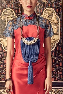 BLUE WEAVE - MEDIUM FRINGE BAG WITH PEARL CHAIN - BLUE - Melinda Looi - Official Website
