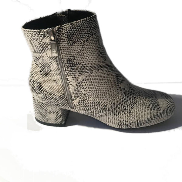 Kenneth Cole Women Road Zip Boots- Snake