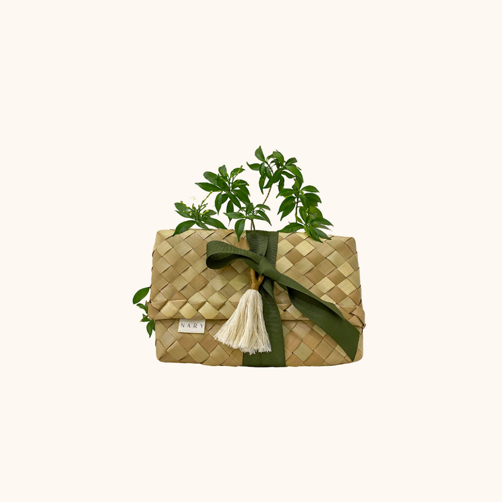 Lux Sustainable Gift Wrapping