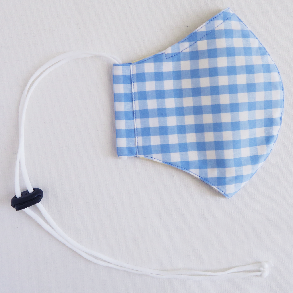 "គ ""Ko"" Girl's Blue and White Gingham Cotton Mask"