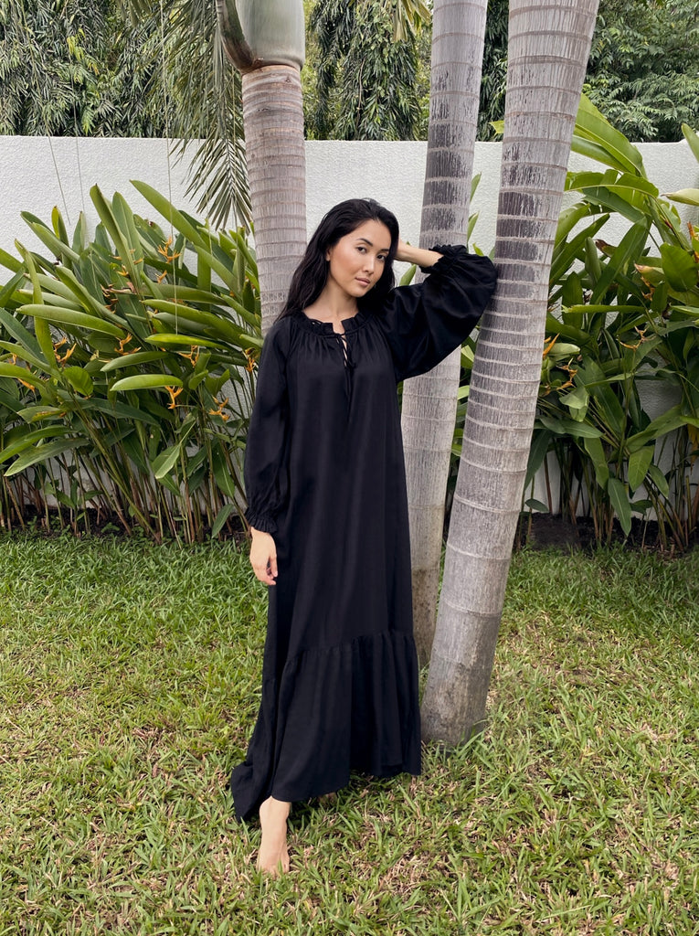 Song Saa Maxi Linen Lounge Dress in Black