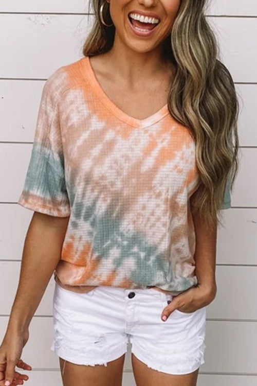 Paneled Gradient Print V-neck Short Sleeves Casual T-shirt