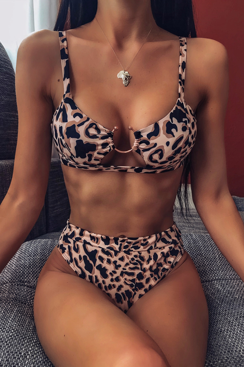Two-Piece Leopard  Printed Swimsuit