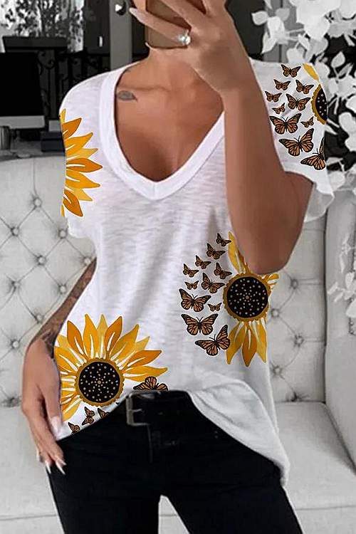 Daisy And Butterfly Printed T-Shirt
