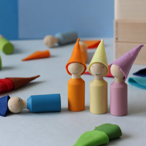 Peg People Set w/ Wool Hats - Things They Love