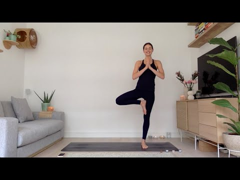 60min Finding Balance Vinyasa Yoga Practice with Samantha Shorter