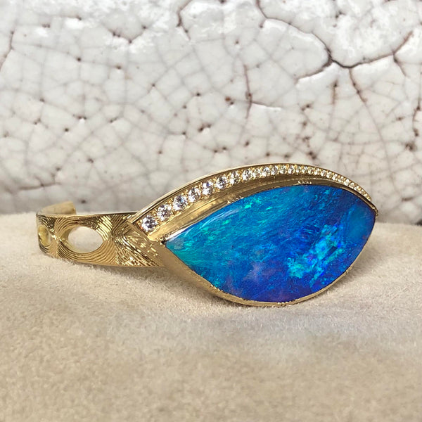 TALISMAN ENGRAVED OPAL DIAMOND CUFF