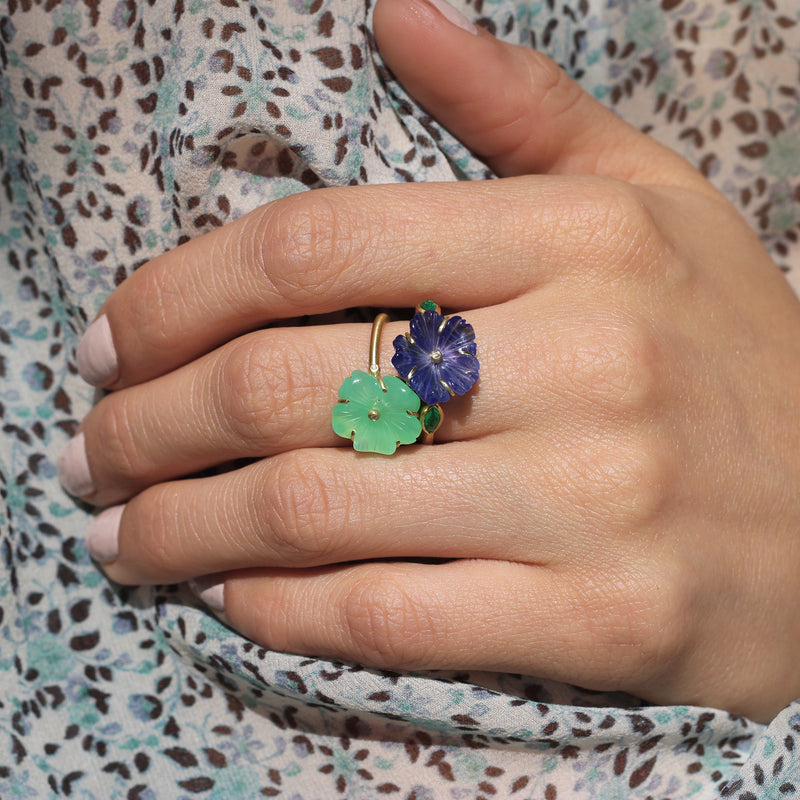 Model wearing Hand made in Los Angeles Brooke Gregson 18k gold carved Chrysoprase Flower Ring