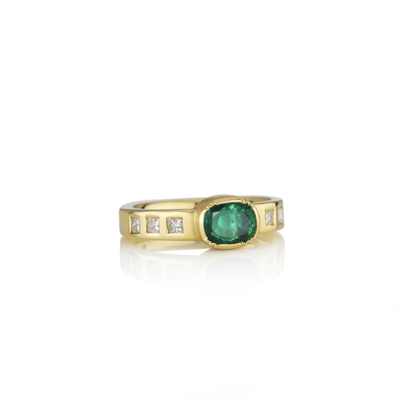 Hand made in London Brooke Gregson 18k gold diamond Emerald Wedding Band Ring