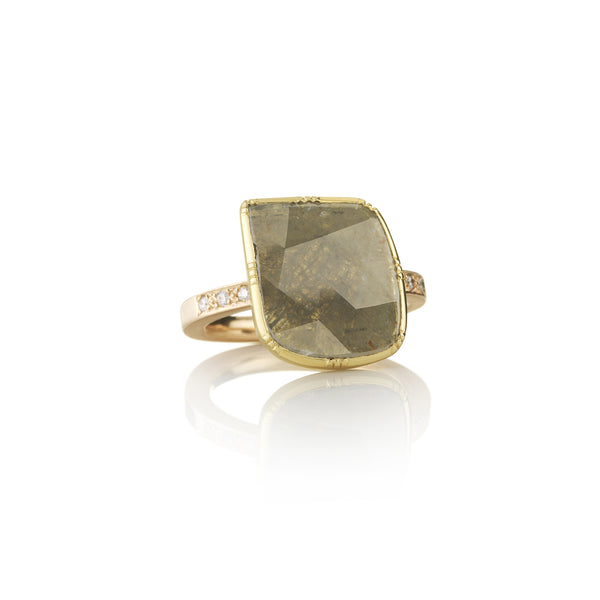 Hand made in London Brooke Gregson 18k gold raw diamond Ring with diamond band