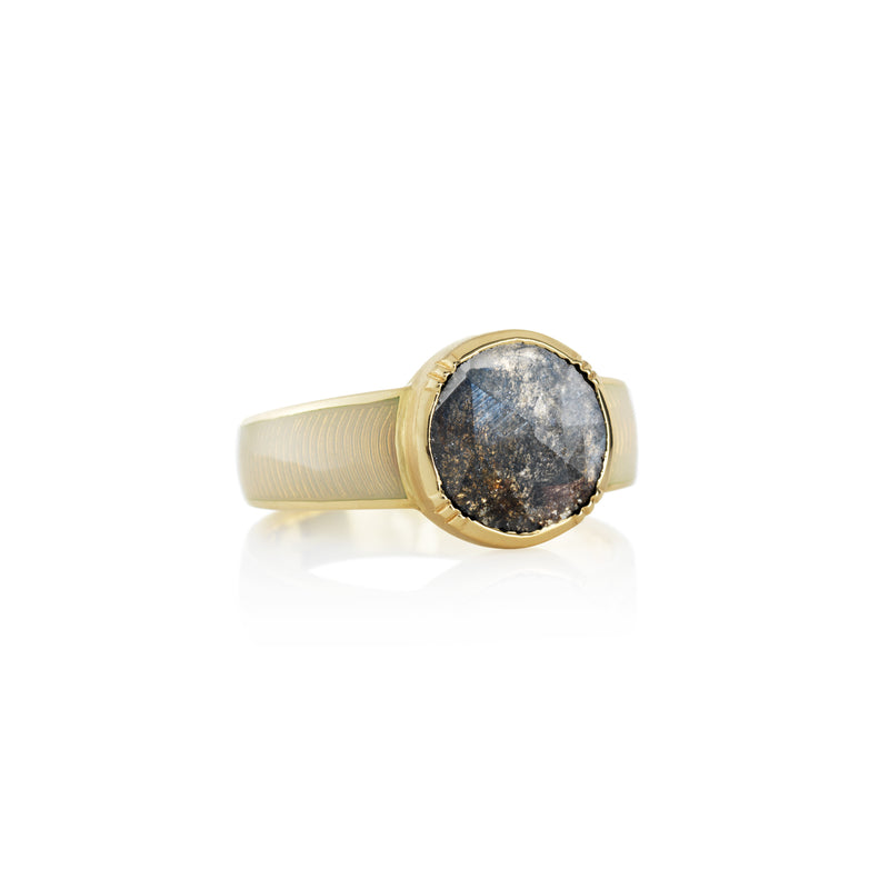 Hand made in London Brooke Gregson 18 gold enamel raw diamond ring