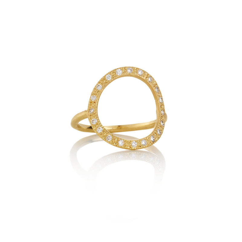Hand made in Los Angeles Brooke Gregson 14k gold white diamond pave Circle ring