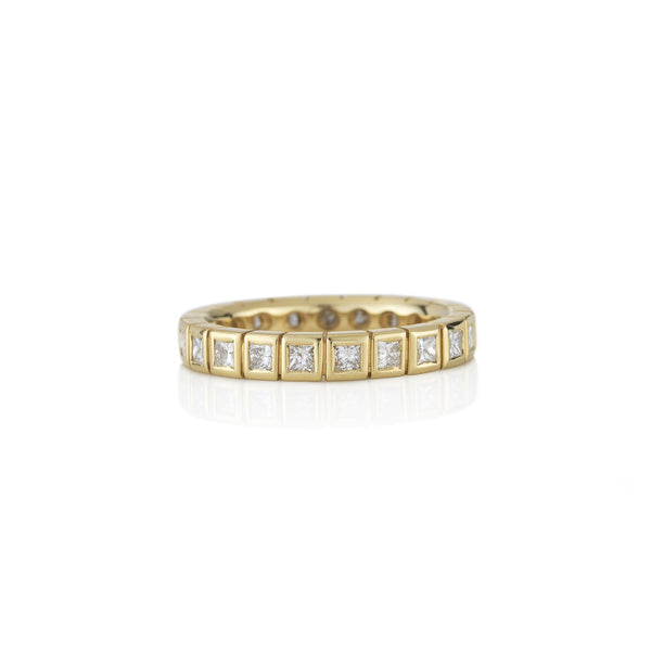 Hand made in London Brooke Gregson 18k gold diamond eternity band ring