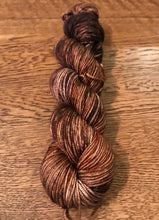 Load image into Gallery viewer, 8ply Silk/Merino 'Pecan'