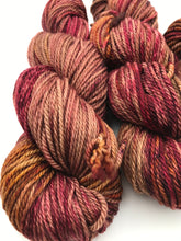Load image into Gallery viewer, 10ply Merino 'April'