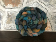 Load image into Gallery viewer, Fleece for spinning or felting, 'Corrode'