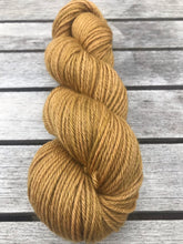 Load image into Gallery viewer, 8ply Corriedale Non-Superwash 'Ginger Crunch'