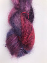 Load image into Gallery viewer, 2ply Silk / Mohair 'Show Pony'