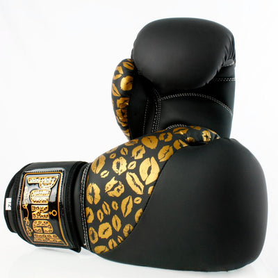 PUNCH URBAN 12OZ BOXING GLOVE WOMENS SPORTSPOWER BUNDABERG