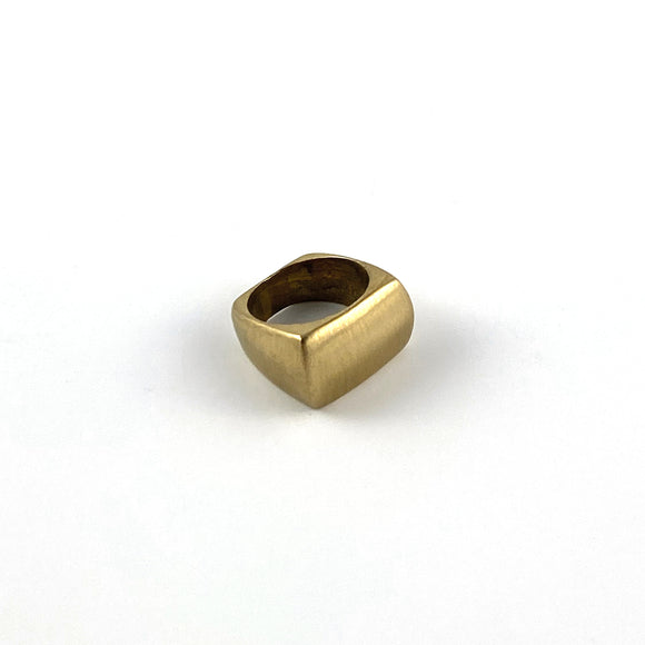 Curvas Ring - Brass