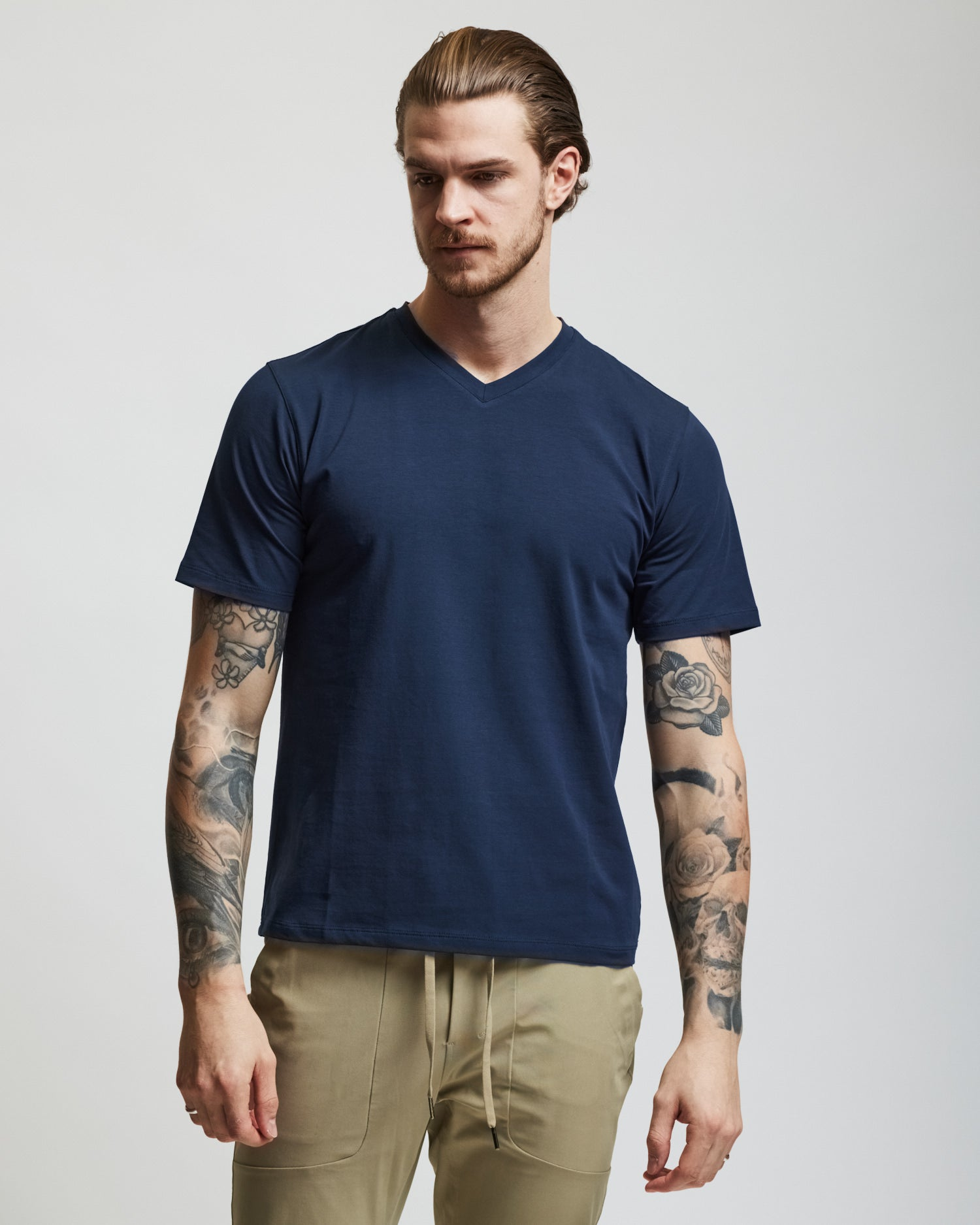 V-Neck T Shirt - Navy