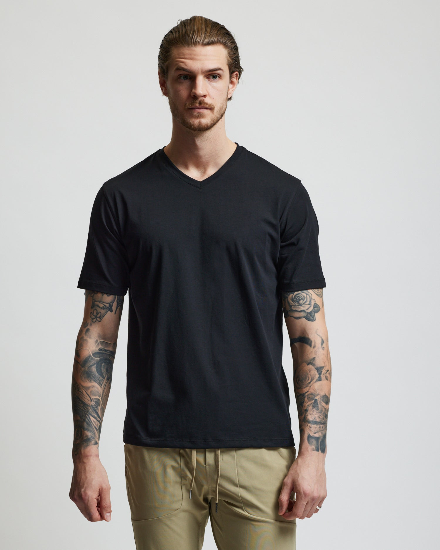 V-Neck T Shirt - Black