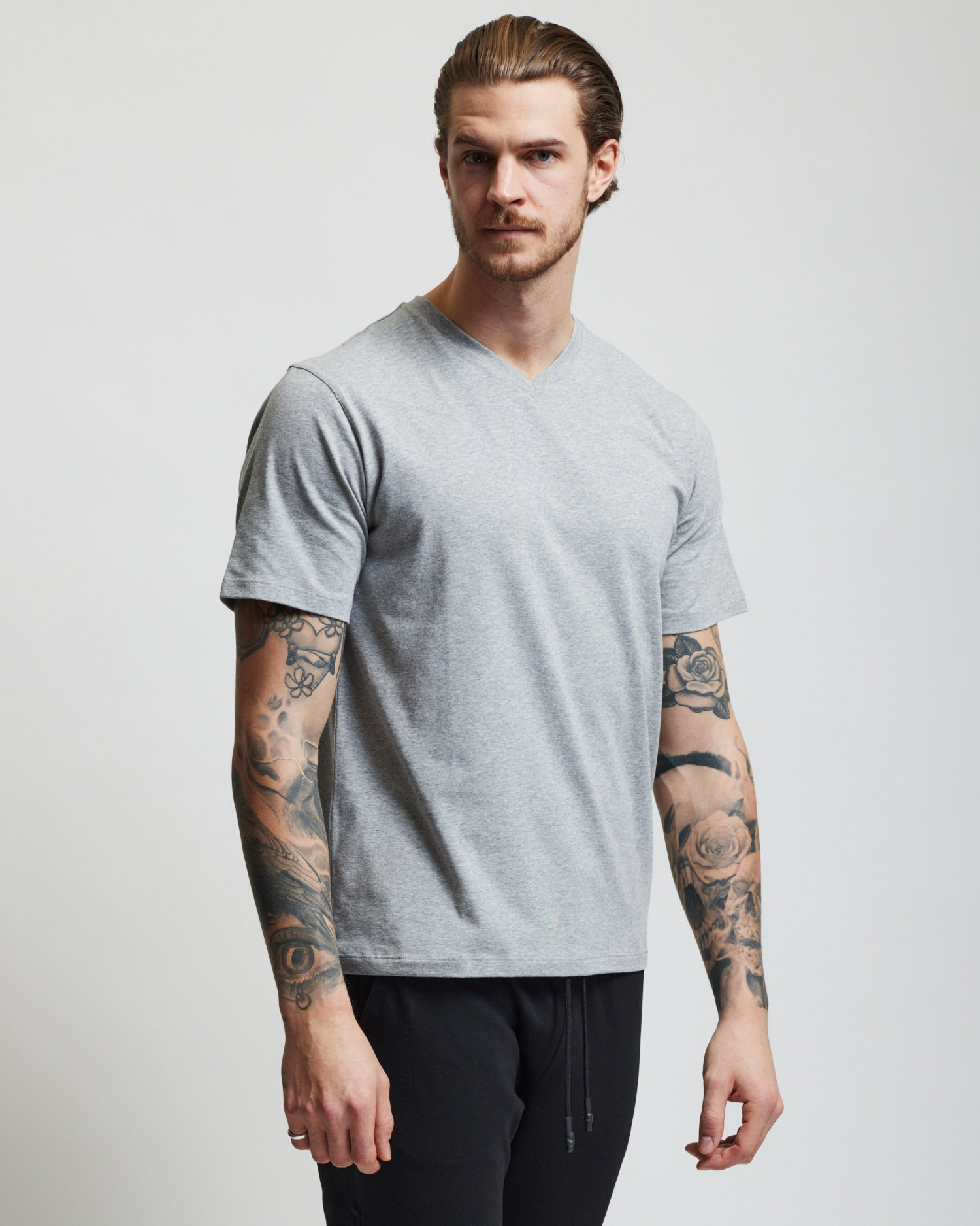 V-Neck T Shirt - Grey