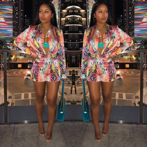 New spring/summer 2019, fashionable African clothes, fashion prints, long-sleeved shirts, sexy shorts, two-piece sets,