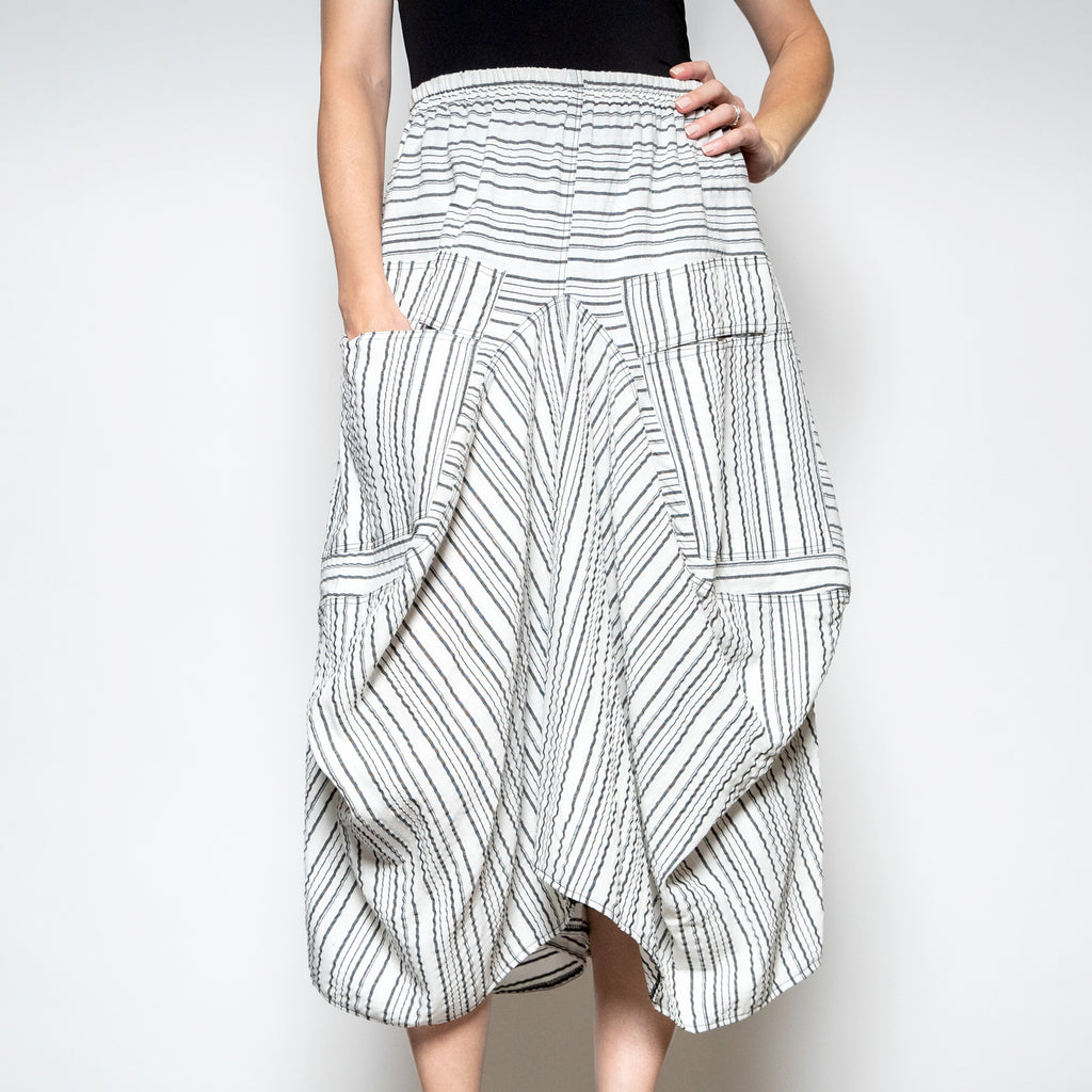 Hanna For La Journee-2 Pocket Skirt -Off White Stripe