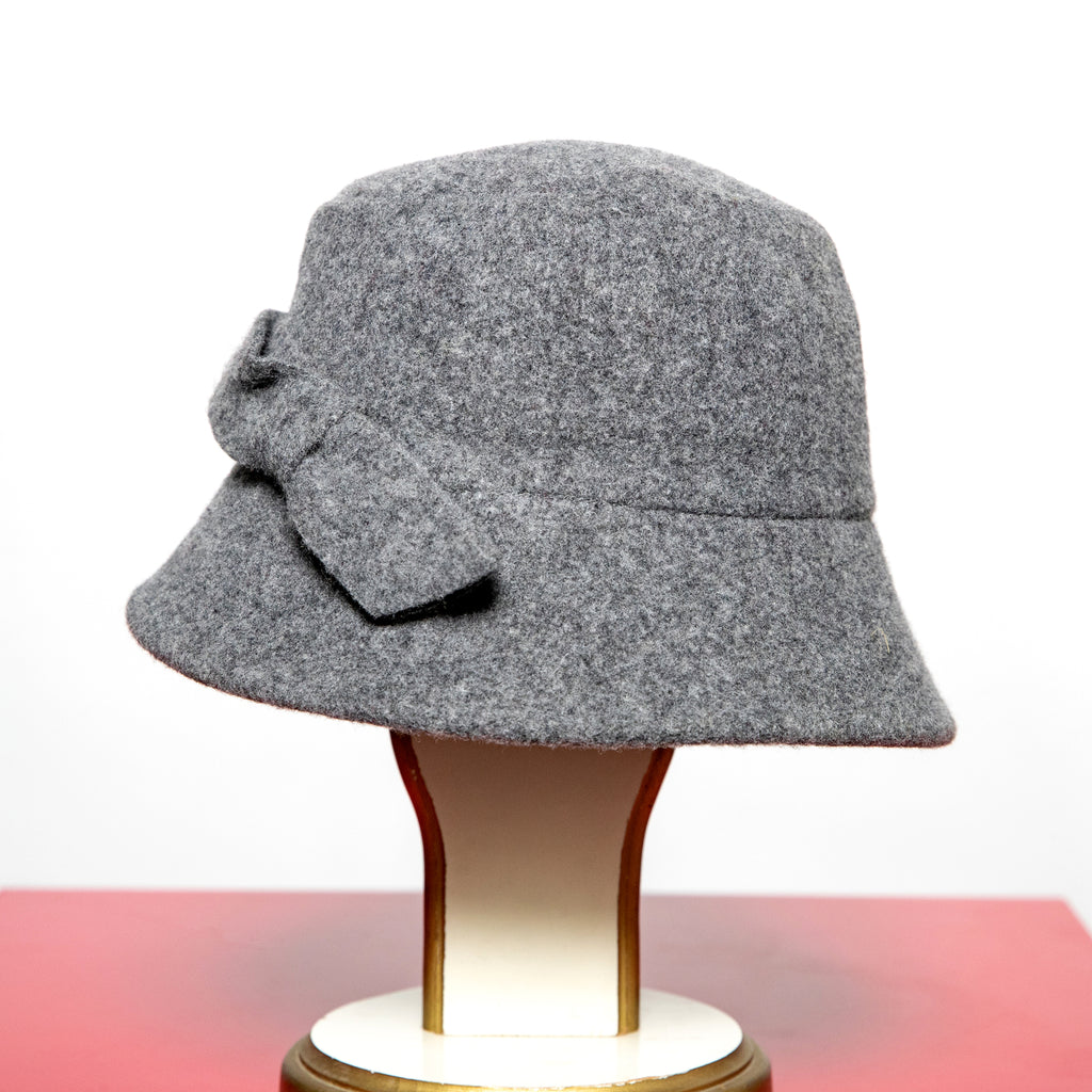 Santacana Solid Wool Hat with Bow in Marine