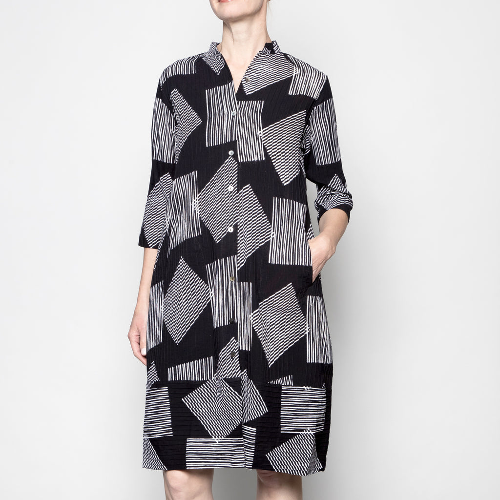 Yaza Pintuck Duster Dress in Graffiti Print