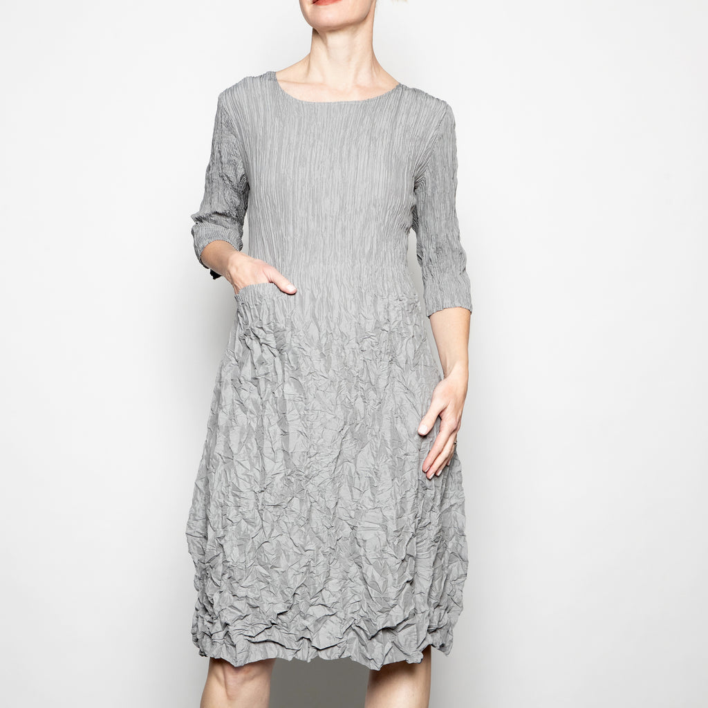 Alquema 3/4 Sleeve Smash Dress in Oyster