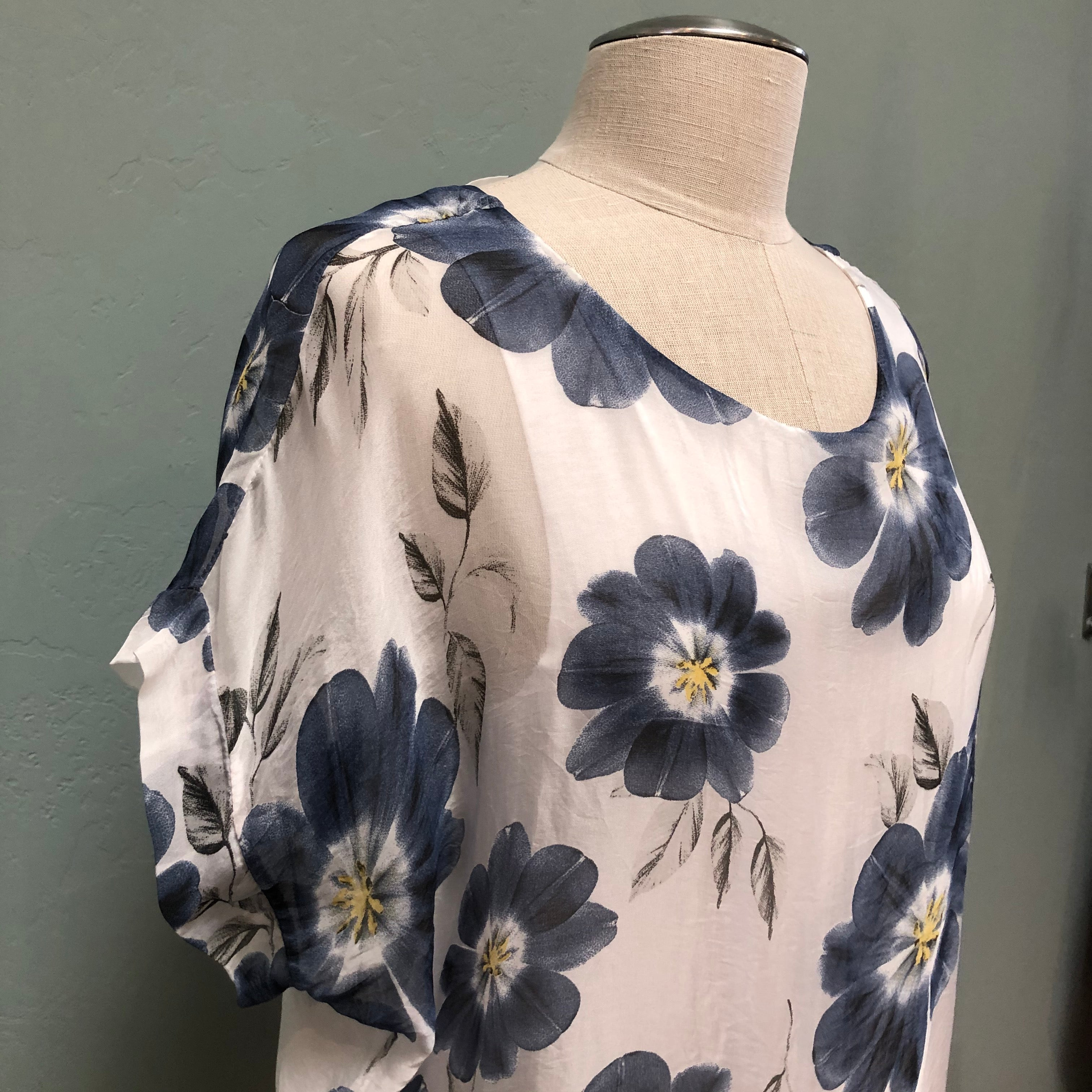 M Made In Italy Flowing Silk Top