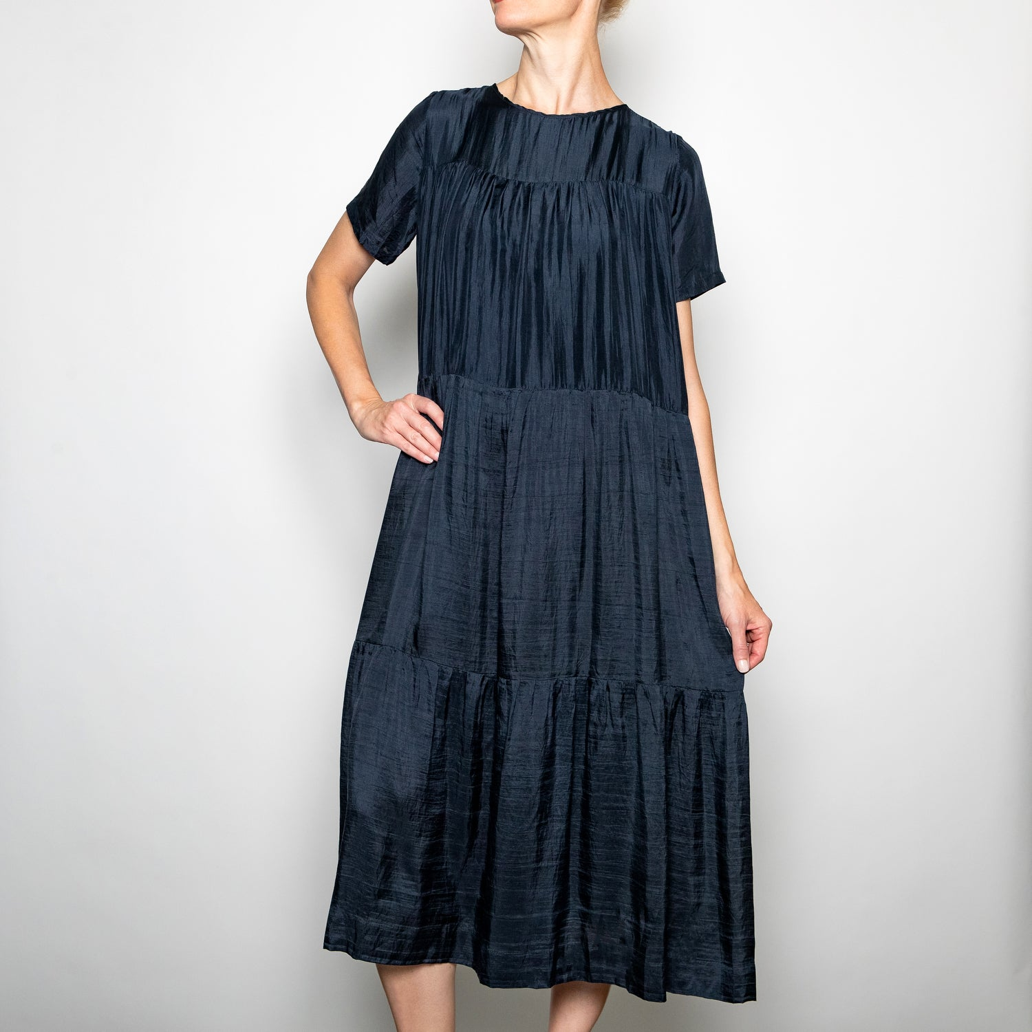 Annam Ami Tiered Short Sleeve Dress