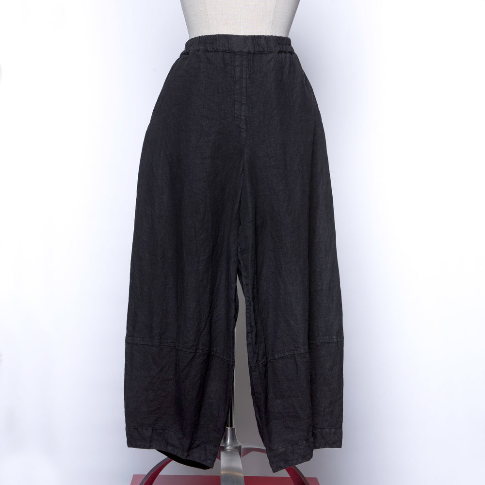 Grizas Linen Cropped Pants in Black